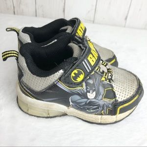 Batman Light Up Velcro Sneakers Play Condition 6